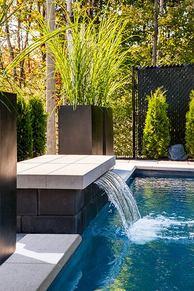 modern wall caps and pool coping Raffinato Cap couronnement et contour de piscine moderne 01037 05 170