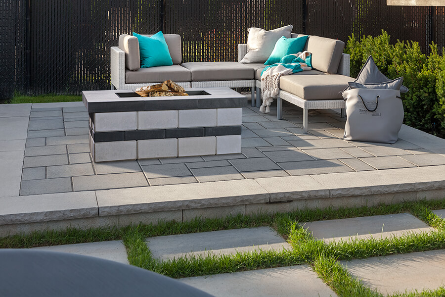 Raffinato Outdoor Features Techo Bloc