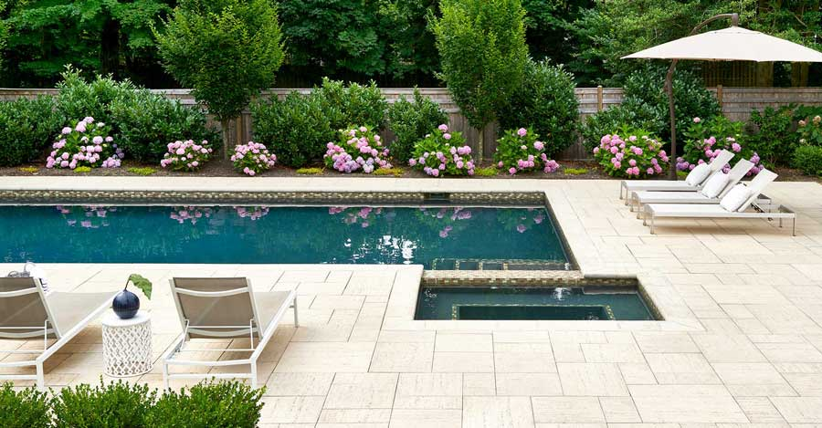 Traditional Style Landscaping Ideas